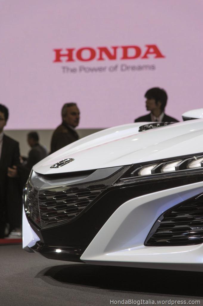 24104_Tokyo_Motor_Show_2013