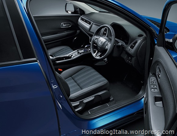 Honda_Vezel_28