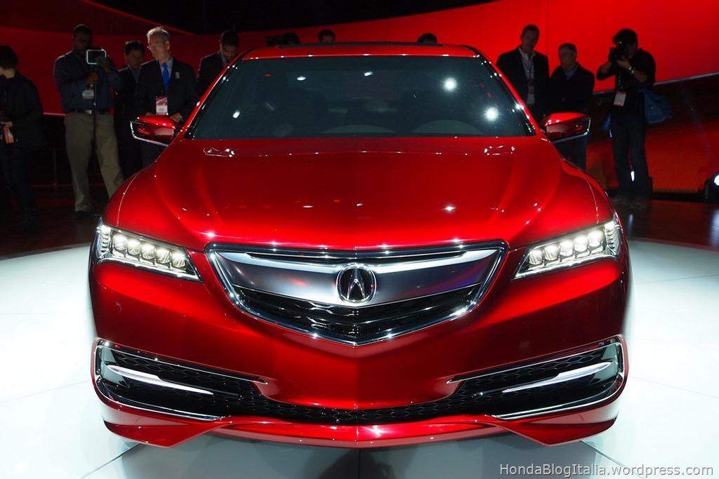 2015-Acura-TLX-Prototype-3
