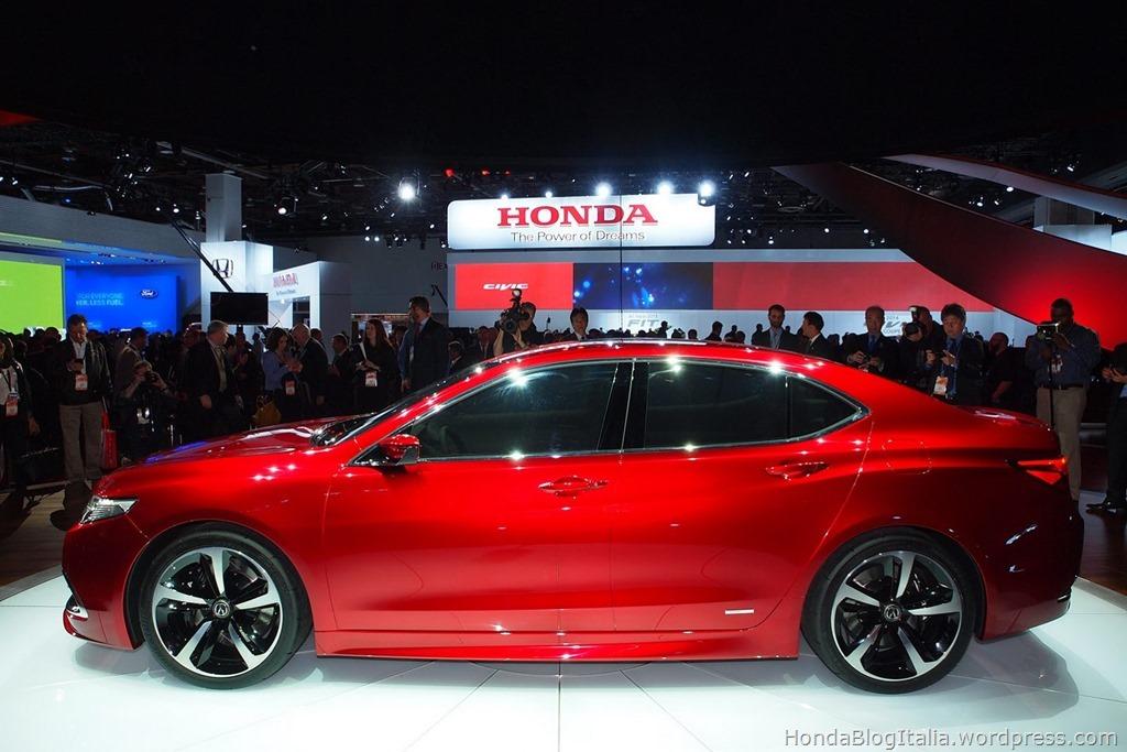 2015-Acura-TLX-Prototype-5