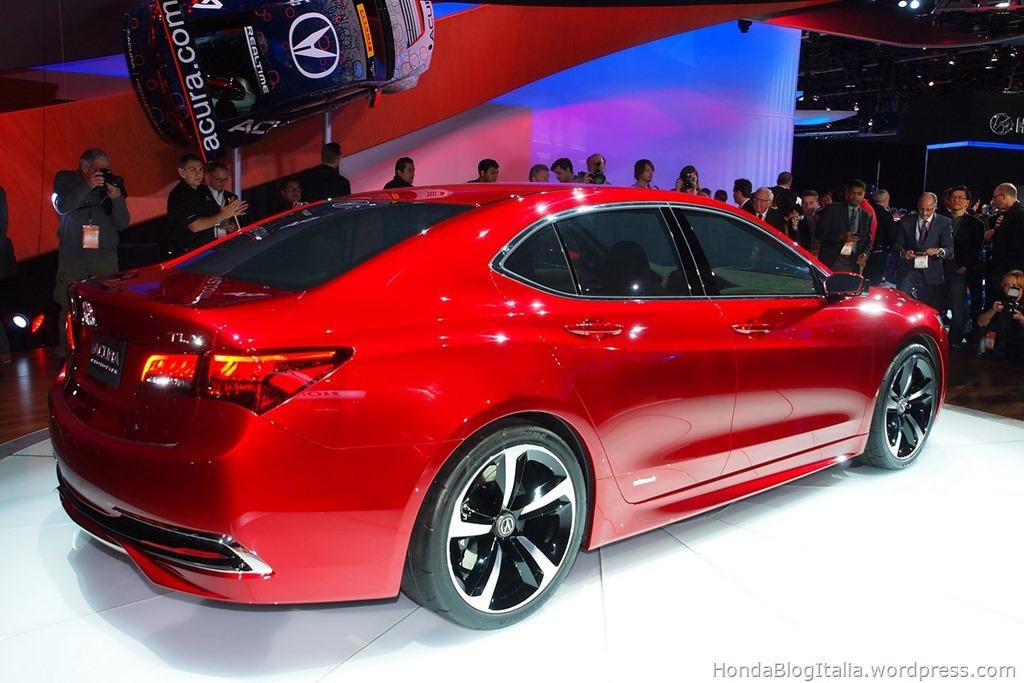 2015-Acura-TLX-Prototype-8