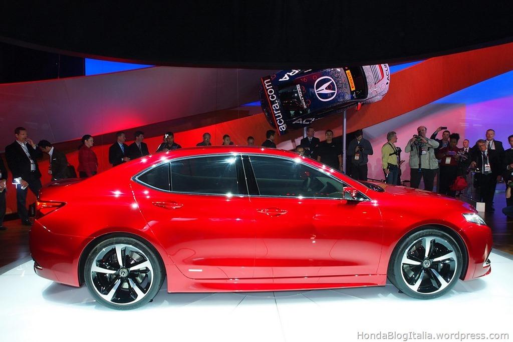 2015-Acura-TLX-Prototype-9