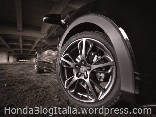 25484_Honda_Civic_Black_Edition
