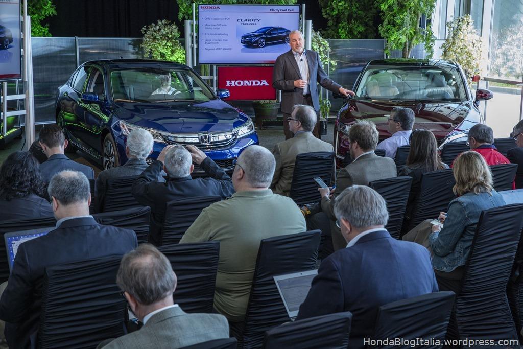 Announcement of 2017 Honda Accord Hybrid and Honda Clarity serie