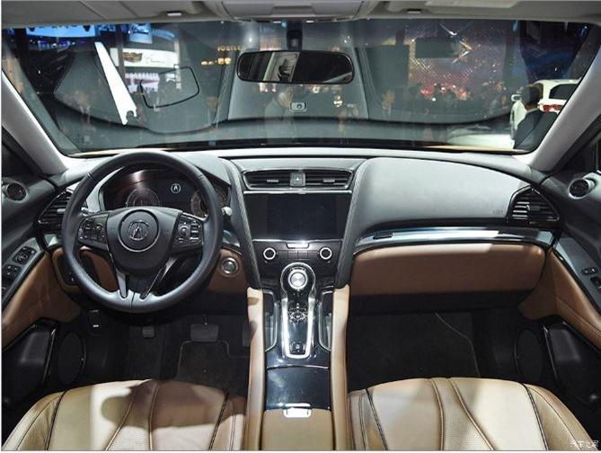 Acura CDX Interni