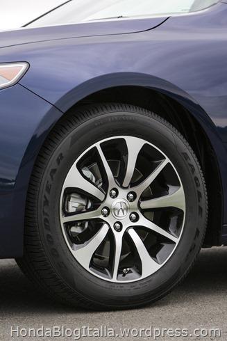 2017 Acura TLX Exterior L4