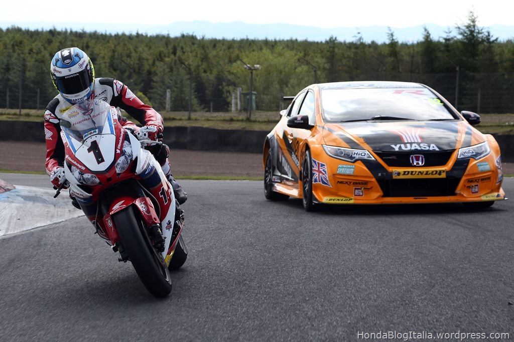 Dunlop and Honda pit Isle of Man TT legend against double British Touring Car Champion