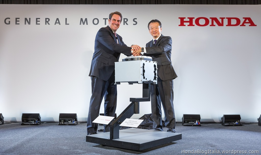 Next-Generation Fuel Cell Stack Co-Developed by Honda and GM